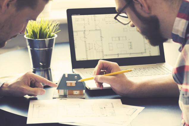 Pokud přemýšlíte o výstavbě dřevostavby, je na místě se poradit s odborníky a zároveň si odpovědět na několik otázek, které váš nový dům nasměrují tím správným směrem. (Zdroj: HK-Dřestav)