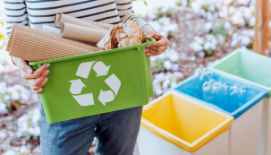 Možná už jste nejednou něco podobného řešili: vruce držíte prázdný pytlík od sušených brusinek, zvenčí vypadá plastově, uvnitř ale pokoveně. Kam sním? Do plastů, do kovů, nebo pro jistotu do směsného odpadu? Pokusíme se vtom udělat jasno.
