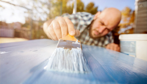 Tak jako ostatní vybavení domácnosti, ani interiérové dveře nevydrží věčně. Pokud se vám nechce doobtížného anákladného bourání astavebních úprav, řešením může být renovace.