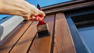 Nechte se inspirovat podzimními barvami aoživte ještě před zimou novým nátěrem povrch zahradního nábytku, kůlny, plotu či vstupní branky.