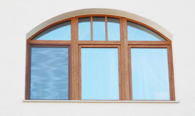 Je libo oblouk? I to umí plastová okna (Zdroj: Vekra)