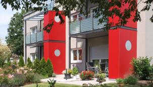 Rodinný dům v Německu s fasádou StoTherm Vario a nátěrem StoLotusan