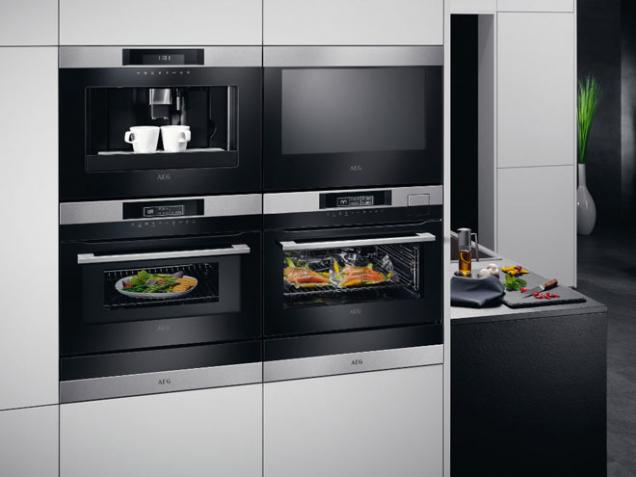 AEG kuchyňská sestava (Zdroj: HANÁK)