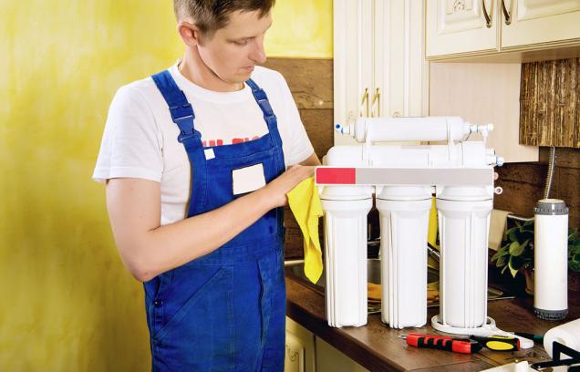 Několikastupňové kuchyňské filtrační systémy jsou určené výhradně kdoúpravě pitné vody určené kekonzumaci, vaření, omývání zeleniny, přípravě kávy ačaje.