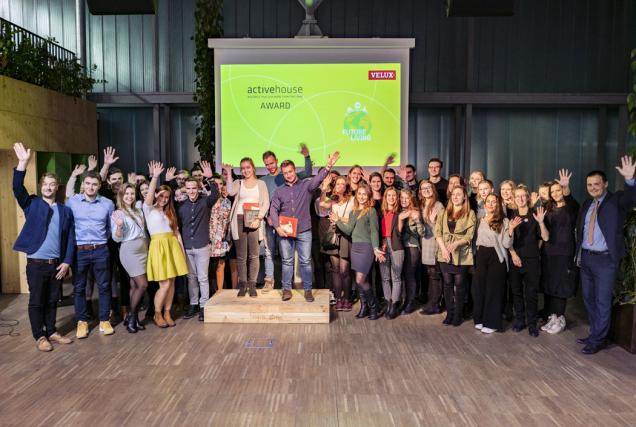 Společnost VELUX vyhlásila vítěze mezinárodní soutěže studentů architektury Active House Award 2018. Do soutěže se přihlásilo celkem 78 studentů z pěti vysokých škol z České republiky a Slovenska, kteří představili své návrhy na téma Future living. Slavnostní vyhlášení se uskutečnilo 10. prosince 2018 v prostorách Impact Hub Brno. (Zdroj: VELUX)
