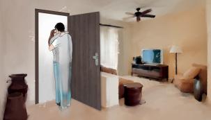 """Rozhodli jste se pro změnu a vybíráte interiérové vstupní dveře do bytu nebo do domu? Materiály a technologie se neustále zlepšují. Vyznat se ve dveřích proto může být náročné. Na co si dát konkrétně pozor? Jak vybrat bezpečnostní dveře? A jak poznat, že jste nekoupili """"zajíce v pytli""""? Na vaše nejčastější otázky odpovídal odborník Ing. Jakub Mičunek ze společnosti Masonite, největšího výrobce dveří v ČR. (Zdroj: Masonite)"""