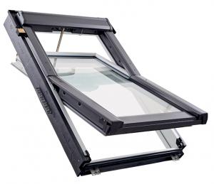 Střešní okno RotoQ v elektrickém provedení (Zdroj: Roto)