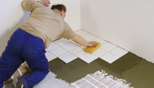 Elektrické podlahové topení má vysokou účinnost iskvělé uživatelské parametry. Přinášíme několik postřehů, jak lze tyto hodnoty ještě lépe využít.