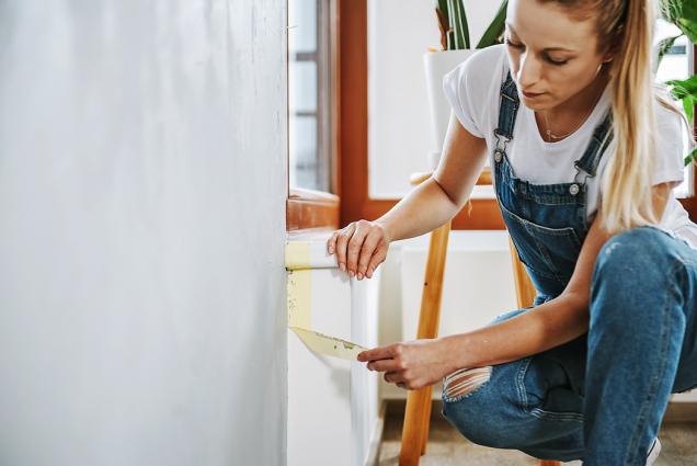 6. Poskončení práce nechte nátěr zaschnout anásledně odstraňte zakrývací pásky.