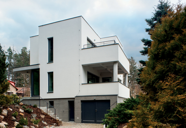 Obnova fasády, Vila Hradec, Stříbrná Skalice (Zdroj: Baumit)