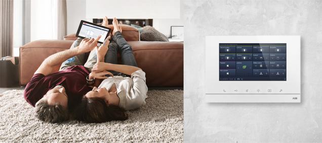 Osvětlení, vytápění, žaluzie, domovní telefon – to vše lze ovládat tabletem s ABB-free@home®. Je prozíravé už ve fázi elektroinstalace natáhnout ke klasickému silovému vedení i tzv. sběrnicový kabel, který umožní doplňování různých funkcí (ABB)
