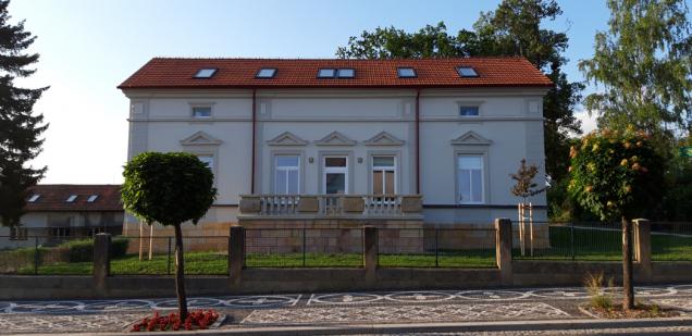 Ředitelství lázní se přestěhovalo do kompletně zrekonstruované vily. (Zdroj: Bramac)
