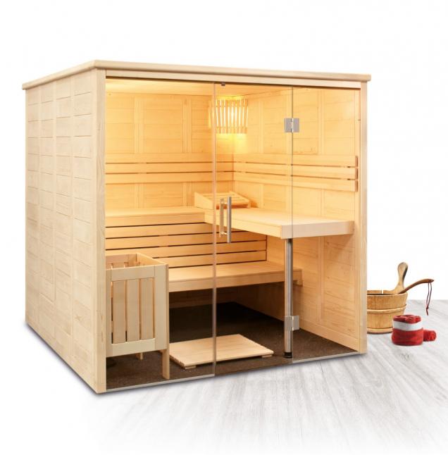 Designová finská sauna Freya z výběrového dřeva severského smrku s elegantním proskleným průčelím. (Zdroj: Mountfield)