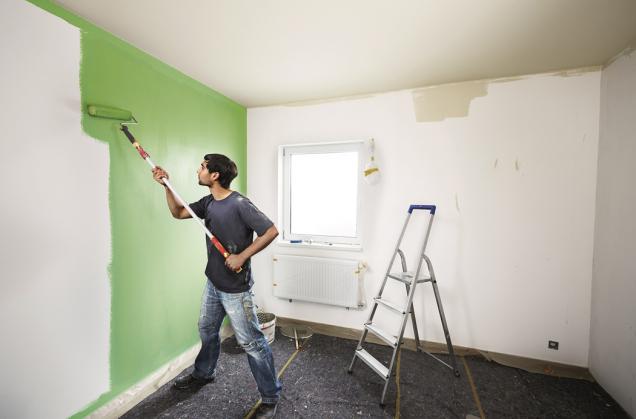 Malování zdí (Zdroj: Hornbach)