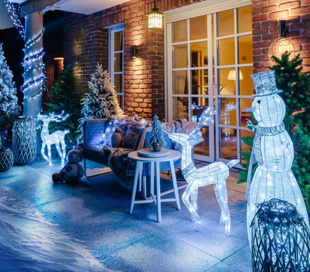 Venkovní světelné LED figurky vytvoří v okolí vašeho domu skutečně magickou vánoční atmosféru. (Zdroj: Mountfield)