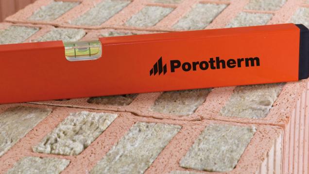 Cihly Porotherm T Profi vynikají tepelněizolačními vlastnostmi (Zdroj: Wienerberger)