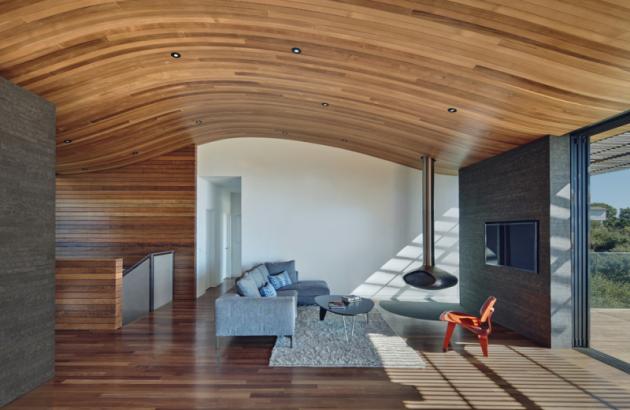 Originální stropní konstrukce se stala dominantou celé stavby