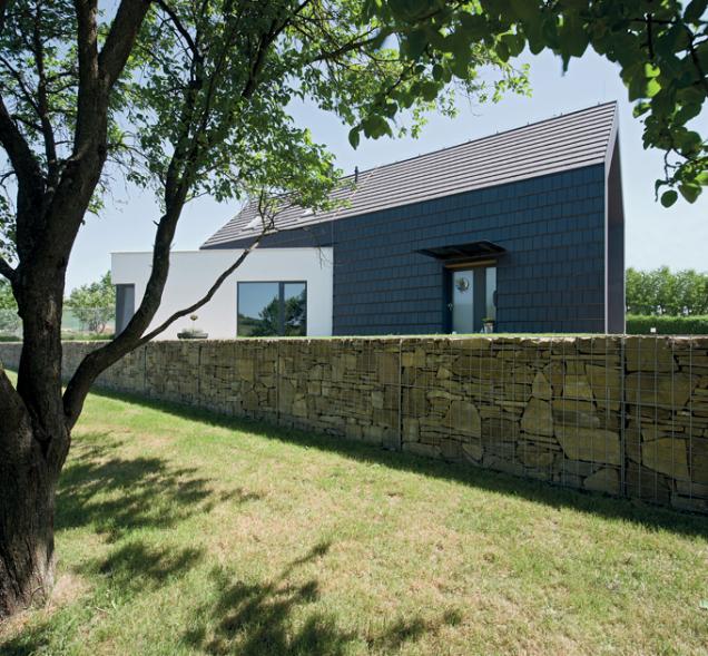 Rodinný dům projektoval ateliér LINK. (Zdroj: Bramac)