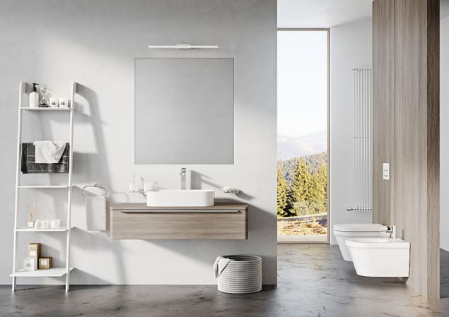 Příčka rozděluje koupelnu na část umyvadlovou vpředu a vanu s toaletou vzadu. Takovéto uspořádání zabere plochu nejméně 320 x 300 cm (Ravak)