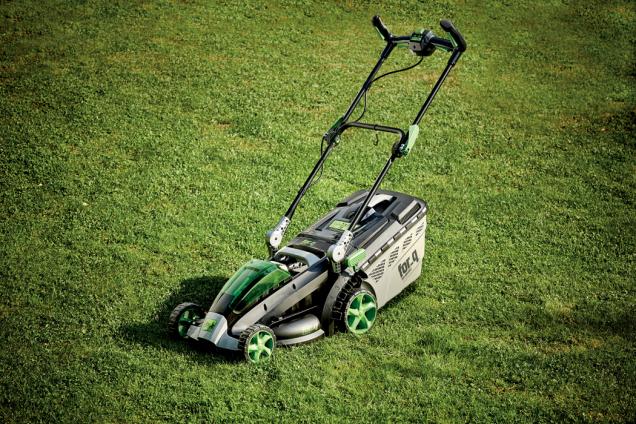 Aku sekačka na trávu for_q (Zdroj: Hornbach)