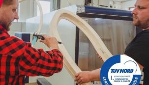 Nejlepší je, když dodavatel je zároveň výrobcem oken. Pokud byste v budoucnu potřebovali cokoliv řešit od seřízení, výměnu těsnění apod., oceníte to (zdroj: VEKRA)