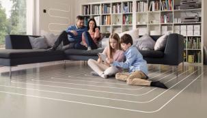 Podlahové vytápění REHAU přináší více možností. Očekávejte teplo, které cítíte, ale nevidíte. To vám dává více prostoru pro vlastní představy a individuální pohodu (zdroj: REHAU)