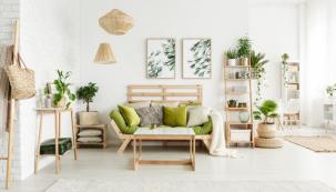 Výrobci nábytku se čím dál více zaměřují na malé či atypické byty a tak dnes už není problém sehnat do garsonky či studentského pokoje kvalitní i stylový nábytek, který vám vyřeší několik starostí najednou (zdroj: Bonami)
