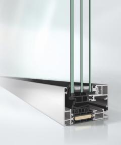 Panoramatické tepelněizolační hliníkové okno Schüco AWS 75 PD.SI (základní stavební hloubka 75 mm, Panorama Design, Super Insulated). Zdroj: Schüco CZ