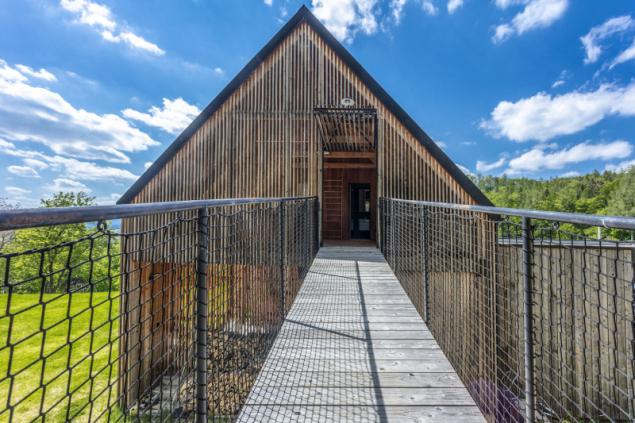 Přestavba 150 let starého domu: Pocta žule, horám a překližce (foto: Jiří Hurt)