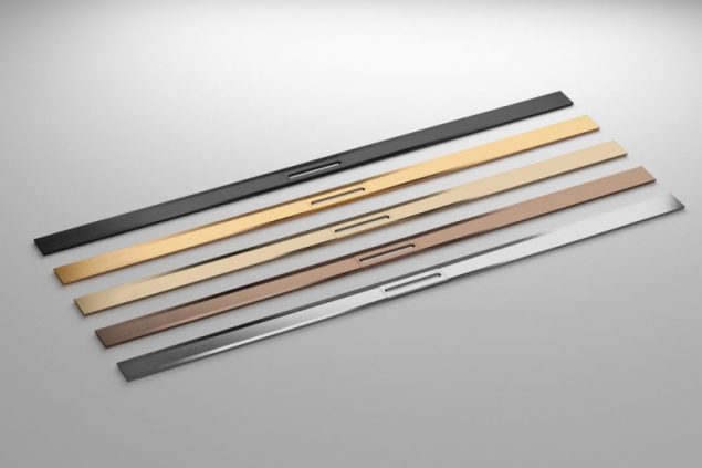 Sprchový žlábek Advantix Cleviva je k dispozici v provedení z nerezové oceli a čtyřech dalších barvách (foto: Viega)