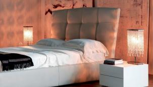 Lampa s ověsky vnese do každé místnosti glamour efekt. Foto: Pianeta Design