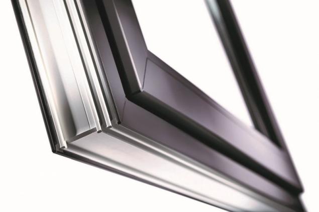 Plastové okno s povrchovou úpravou profilu VEKA SPECTRAL (zdroj: VEKA)