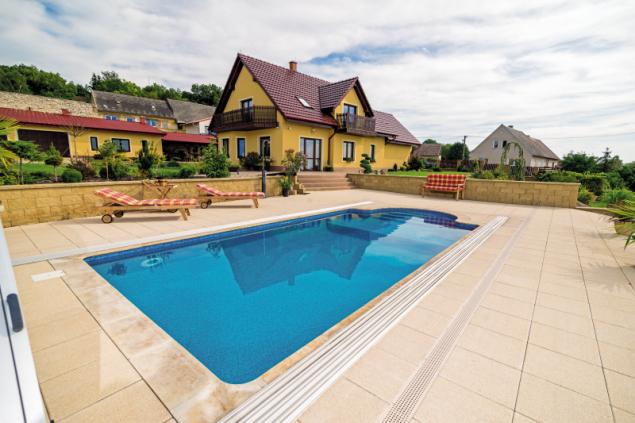Bazén z řady Métropole, model Monaco