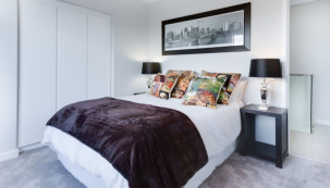 Prostěradlo je nezbytnou součástí každé dobře povlečené postele