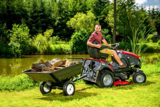 Traktorový vozík (zdroj: Mountfield)